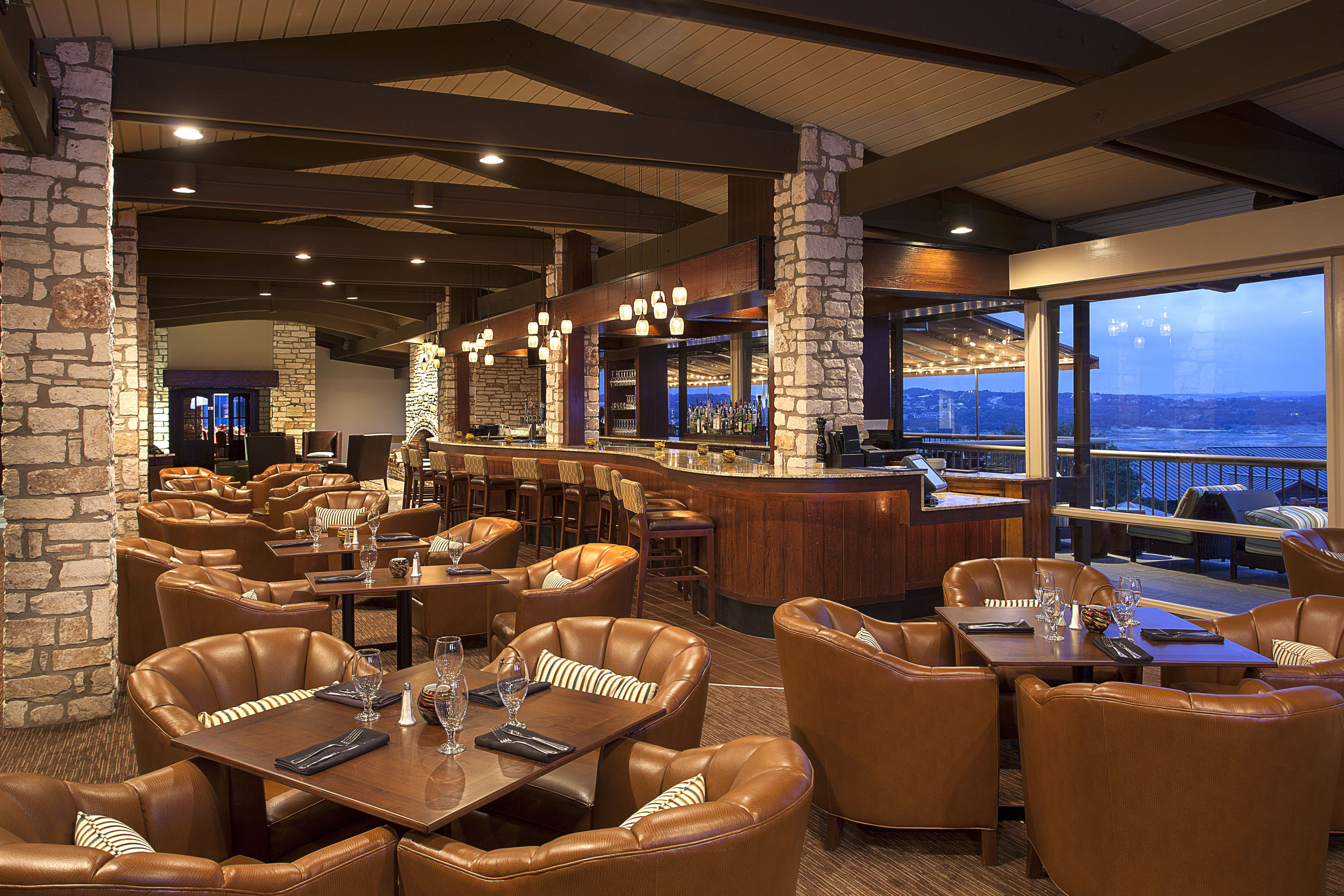 TR Restaurant and Lounge at The Lakeway Resort & Spa