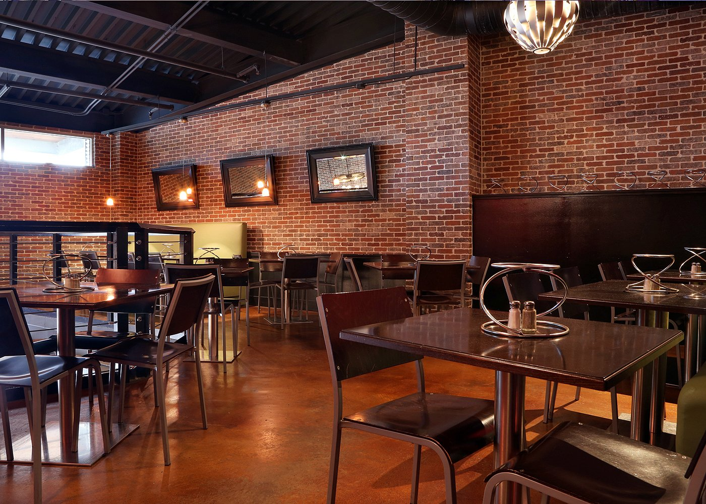 Tony C's Coal Fired Lake Travis Pizza