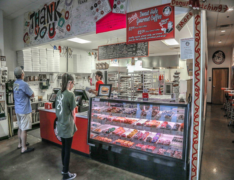Donut Hole - Lake Travis Donut Shop