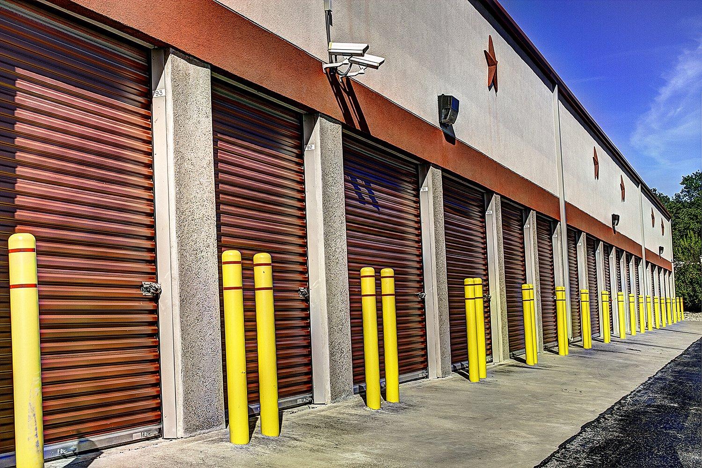 EZ Lakeway Storage - Lake Travis Storage Facility