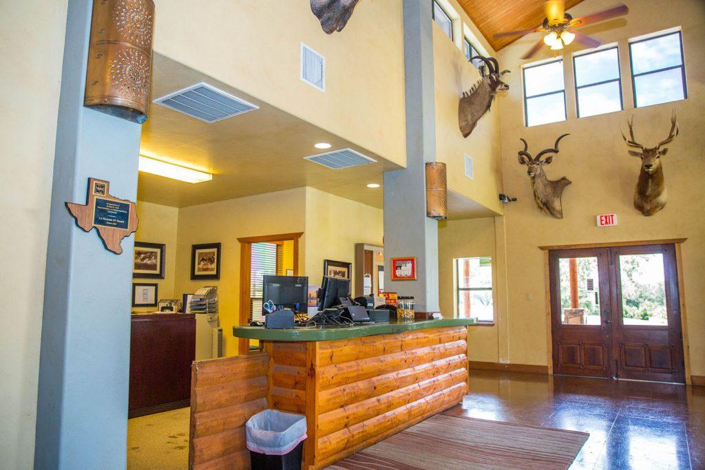 La Hacienda Lake Travis RV Park and Cottages