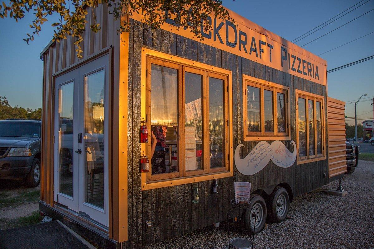 Backdraft Pizzeria - Lake Travis Pizza Truck