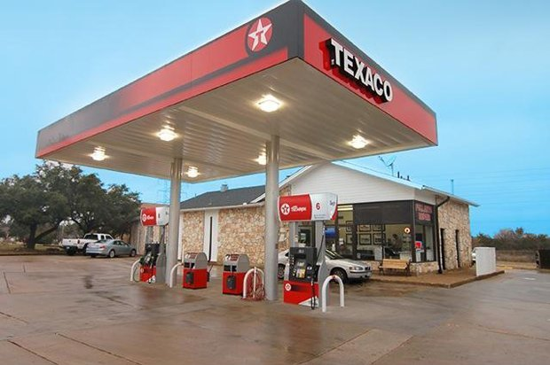 Lakeway Texaco Gas Station