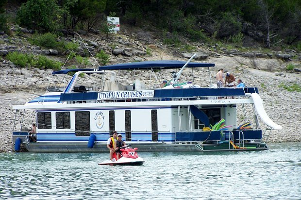 Utopian Lake Travis Houseboat Rental & Charter