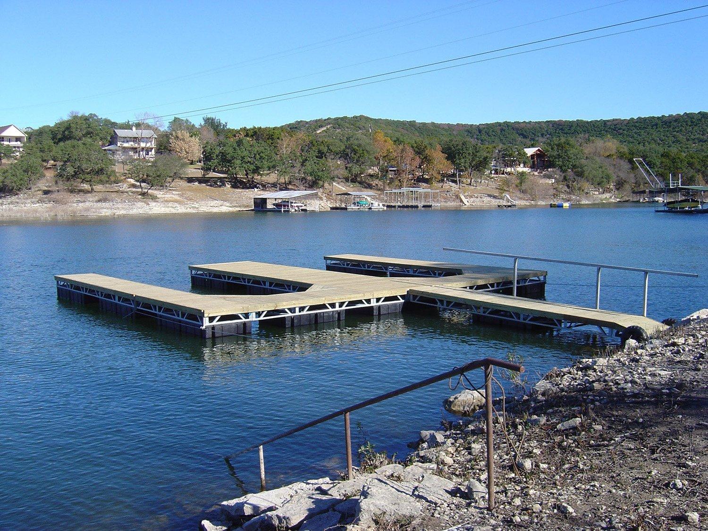 Lakeside Marine Services - Laks Travis Boat Docks & Salvage
