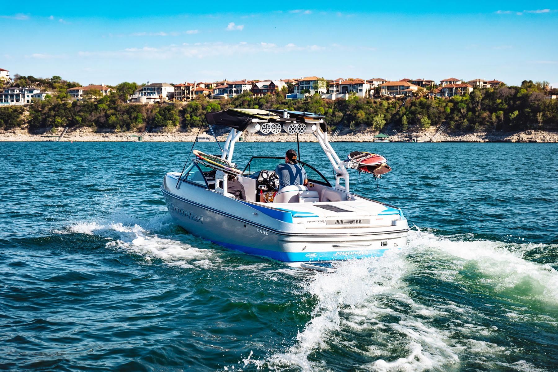 Liquid Thrillz - Lake Travis Boat Rentals