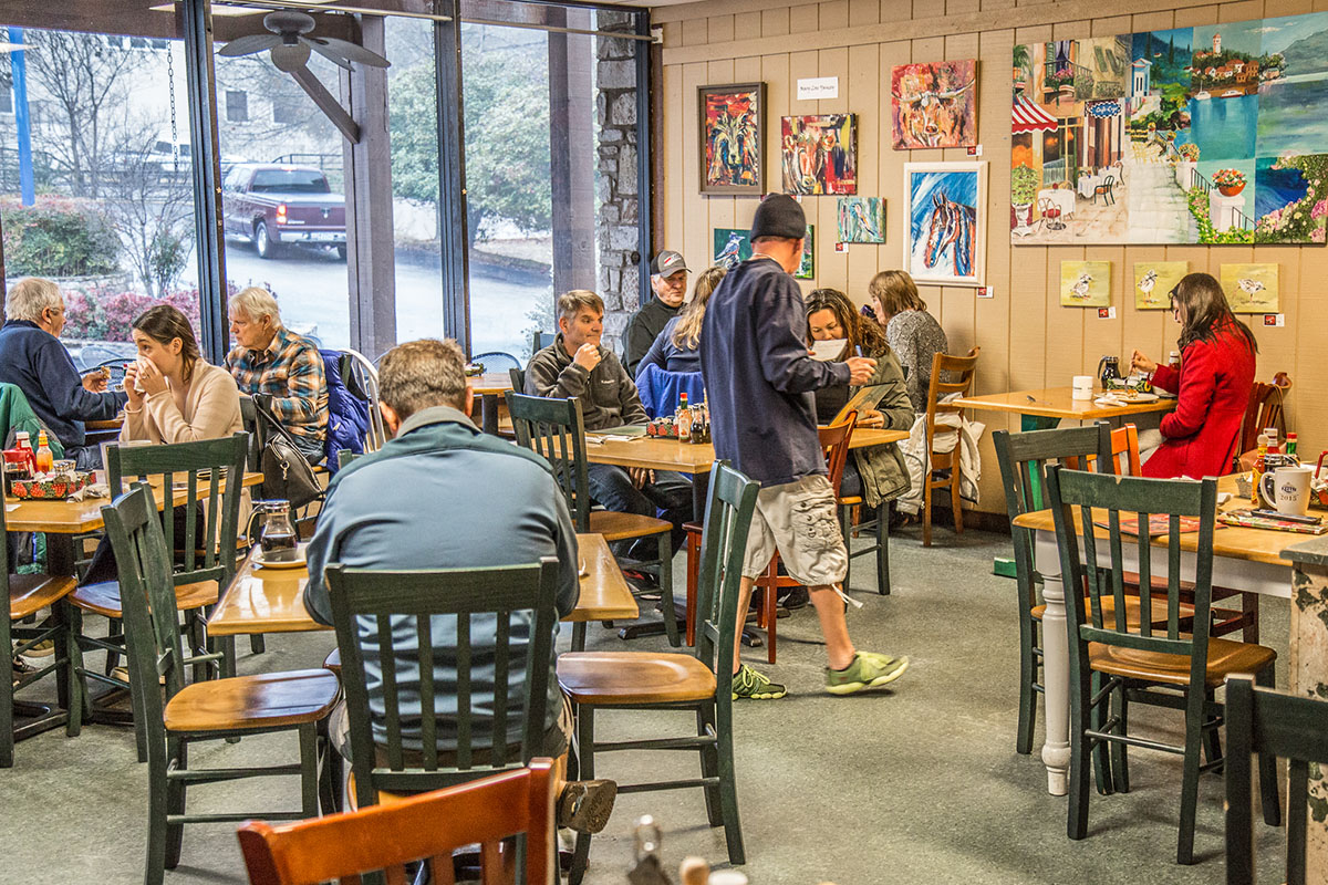 Cafe Lago - Breakfast in the heart of Lakeway.