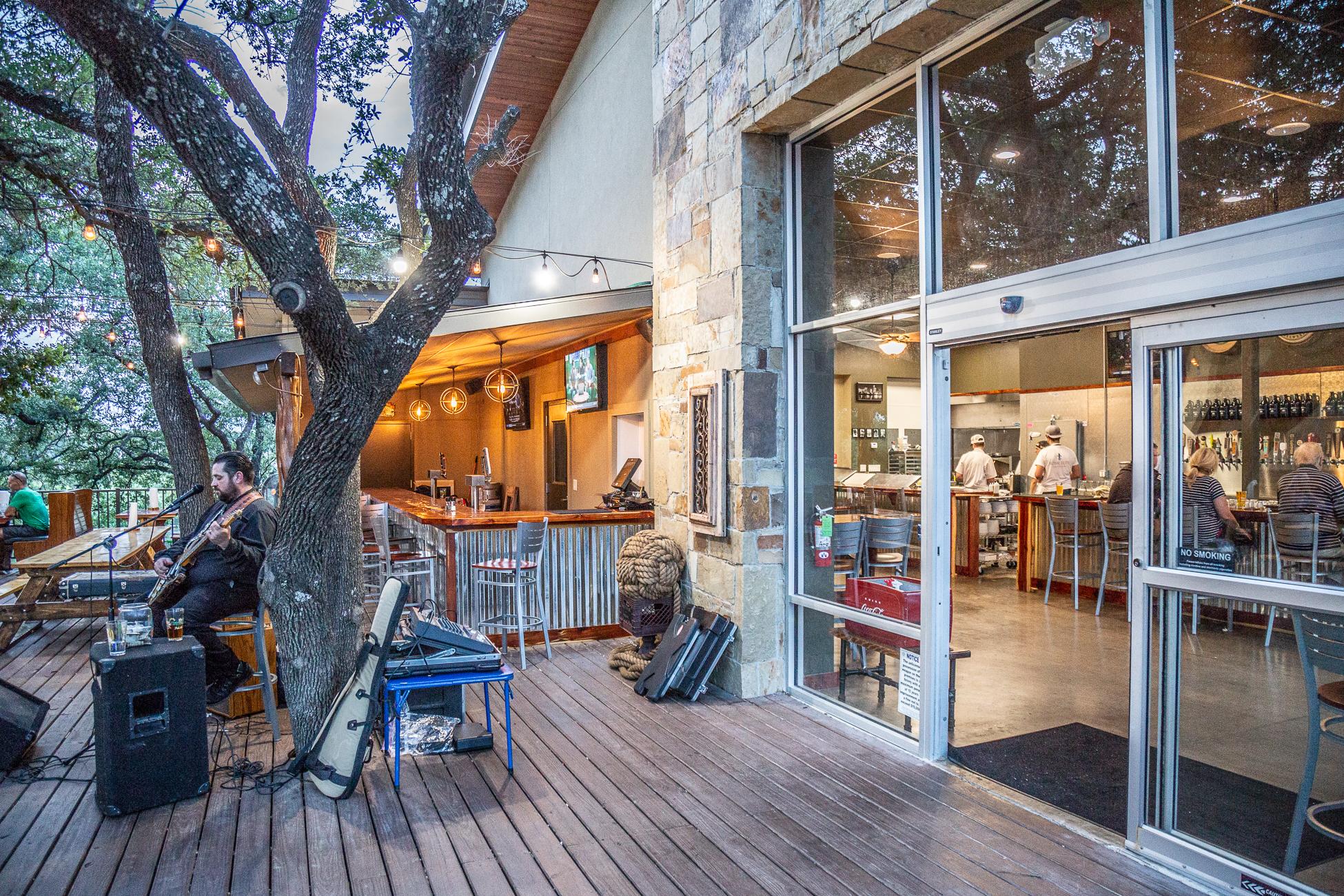 Hops & Thyme - Lake Travis Craft Beer Pub