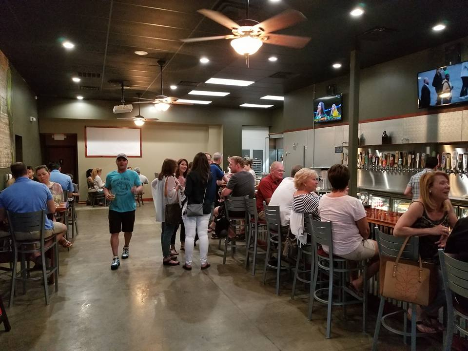 Hops & Thyme - Lakeway Craft Bar and Restaurant