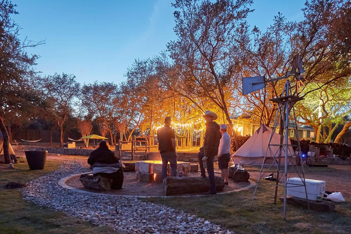 Planet Rock - Austin Lake Travis Glamping
