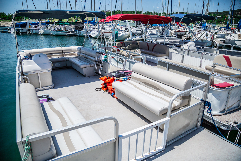 Aquaholics Lake Travis Pontoon Boat Rentals