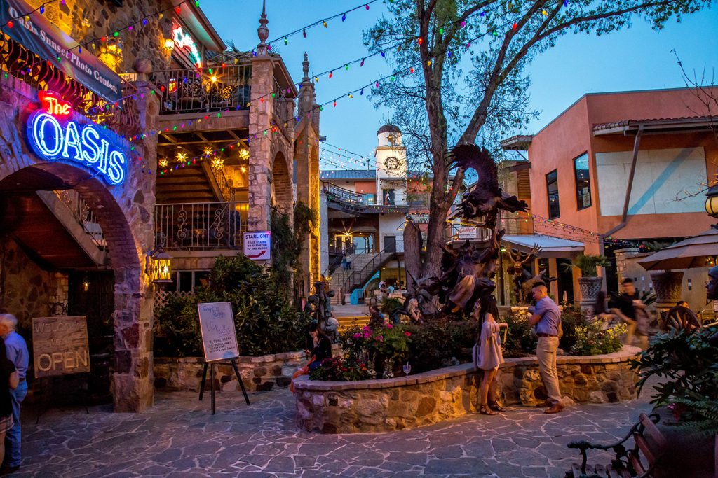 Oasis Texas - Lake Travis Lakeside Outdoor Mall