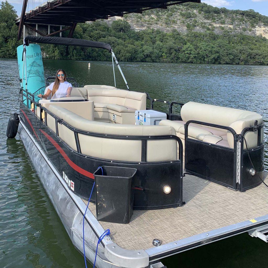 Tied Up Boat Rentals - Lake Travis Pontoon Boat Rentals