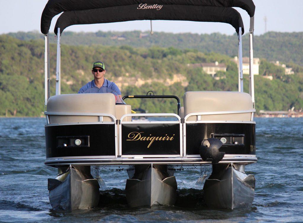 Austin Rental Boats - Lake Travis and Lake Austin Boat Rentals