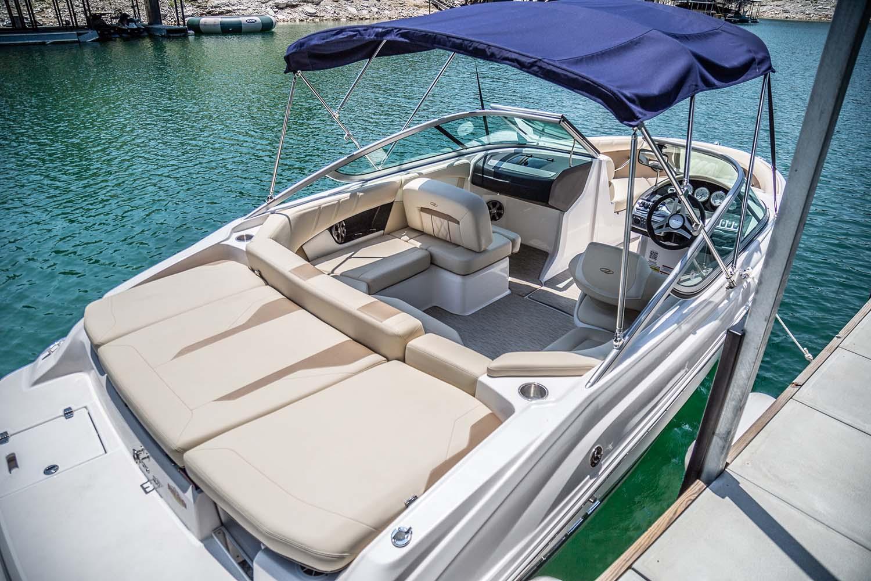 Lakeway Marina Runabout Boat Rental