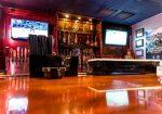 Castro's Bar & Grill