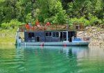 La Mala Houseboat