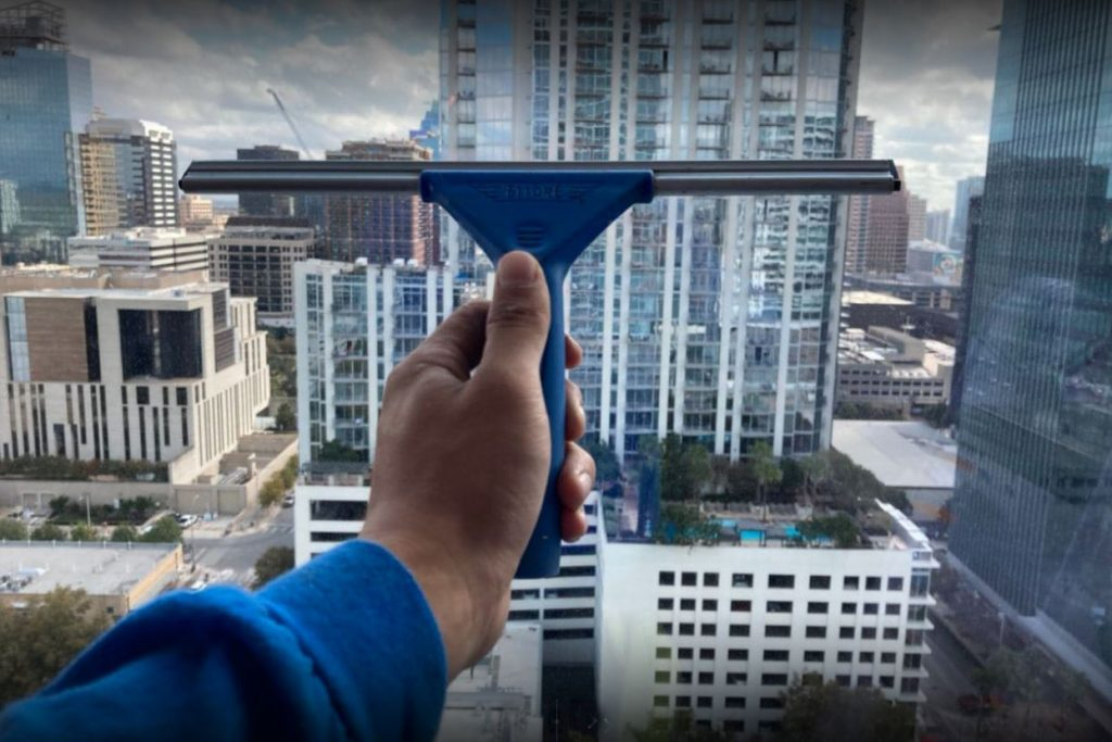 Full Color Cleaners - Lake Travis Window Cleaning