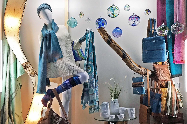 Art Escape - Lake Travis Fine Art Gallery and Gift Store