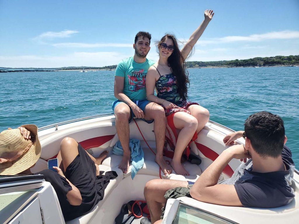 Lazy Daze Boat Rentals - Lake Travis Boat Rentals - Austin TX